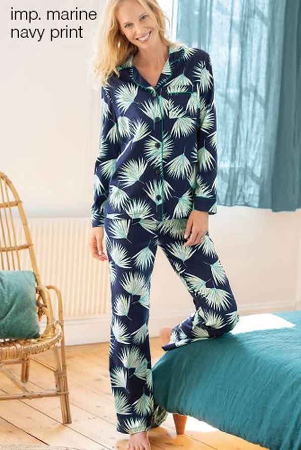 bb4422d2593 Pyjama in bedrukt satijn - Pyjama's - Damart België